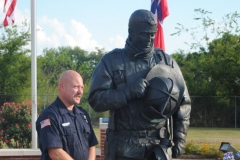 TN. Fallen Firefighter Memorial .. w:sculptor Scott Wise .. alternate view